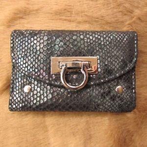 """Kardashian Kollection Trifold Wallet L5""""xH3.5xW.75"""